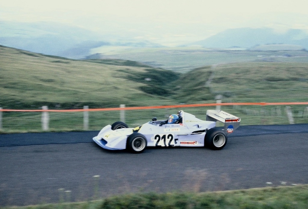 Yves-Martin - Chevron-Hart-B40-F2- 1978 - CC-Mont-Dore - Photo-Thierry-Le-Bras