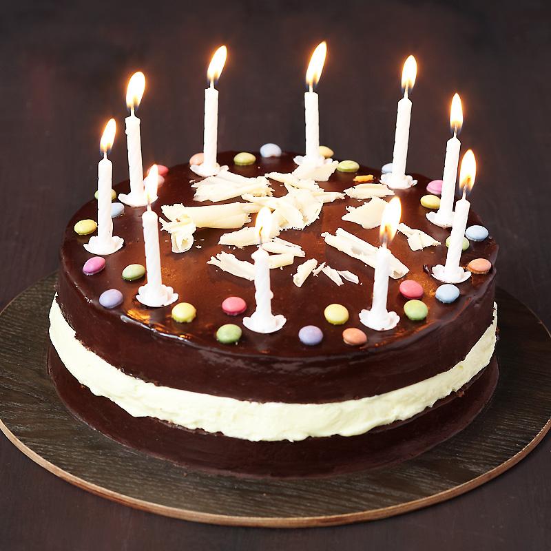 circuit-mortel-10-ans- les-bougies-et-le-gâteau